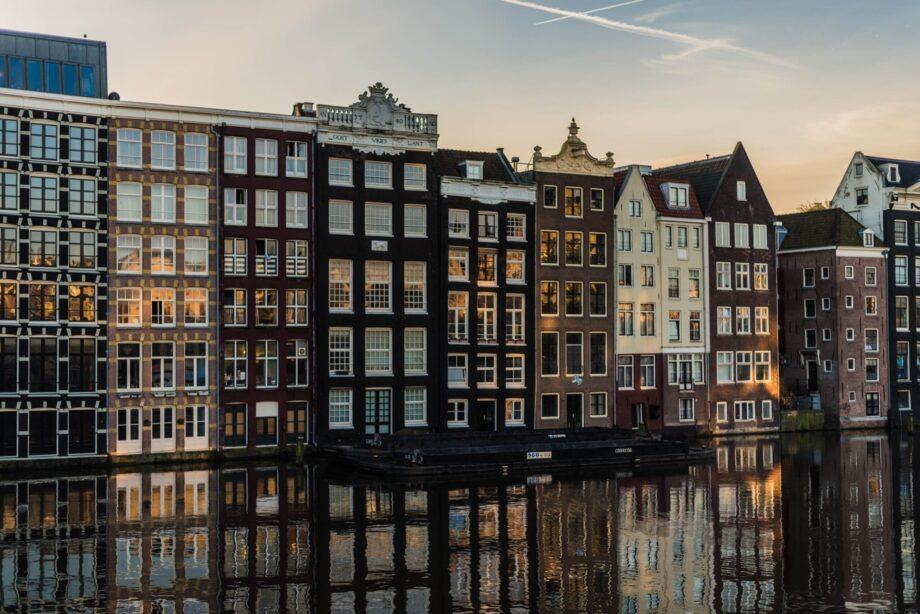 8946004323887_Liene Ratniece_Amsterdam@0.5x-50