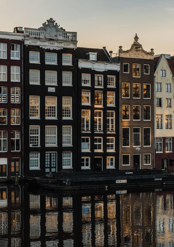 Amsterdam-min